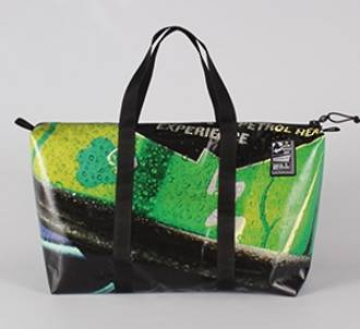 Recycled Billboard Bag - med gear 30471