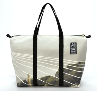 Recycled Billboard Bag - med gear 30589