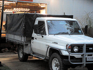 truck canopy 2