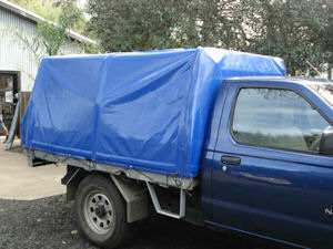 small truck covers 8